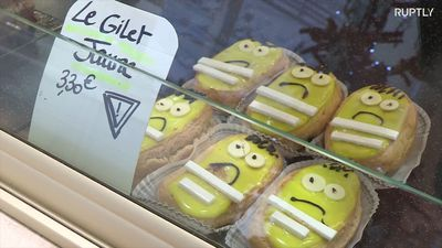 Let them eat cake! 'Yellow Vests' protest pastries premiere in Paris patisserie