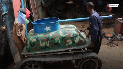 Somali mechanic becomes icon after building DIY tank from scrap