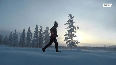 RUNderful! Italian police officer runs 39 km in extreme Russian cold