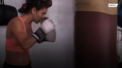 From the runway to the ring - Model-turned-boxer prepares for next bout