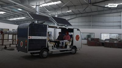 Indian students launch autonomous, solar-powered bus
