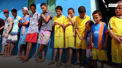 14 sons' names all begin with 'R' in ode to Brazilian footy