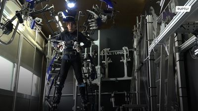 Giant robot suit turns you into a real-life cyborg