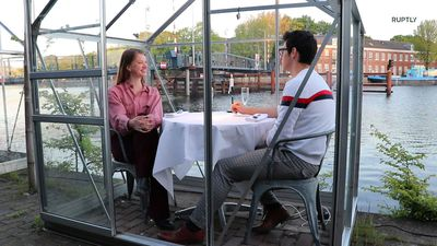 Amsterdam restaurant trials greenhouses for COVID social distancing dining