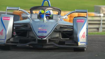 Massa gets to grip with Gen2 car in Formula E testing