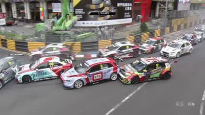 56-year-old Gabriele Tarquini wins World Touring Car Cup