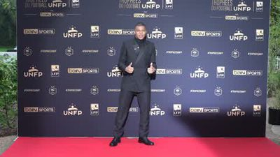 Mbappe admits he wants 'a new challenge elsewhere' after winning Ligue 1 player of the year