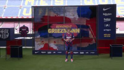 Eng Sub Antoine Griezmann looking to learn from Messi