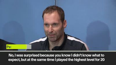 Petr Cech happy to see Chelsea and Arsenal fans at his debut ice hockey game
