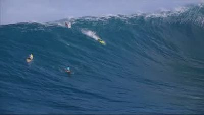 Wipeout reel from the Jaws Big Wave Championships