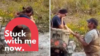 Man proposes to his girlfriend while she is stuck in MUD