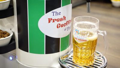 The Fresh Geoffrey autonomously brings you snacks and beer at home