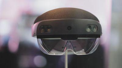 Hands-on with Microsoft's HoloLens 2