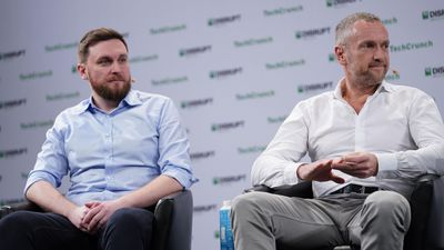 Investing and Operating in Growth Markets with Michal Borkowski (Brainly) and Bob van Dijk (Prosus a
