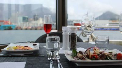 New Fine-dining cruise along the V&A Waterfront