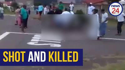 WATCH: Residents cry for help as man shot dead in Durban road