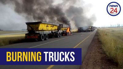 WATCH: Coal trucks set alight in Hendrina, Mpumalanga