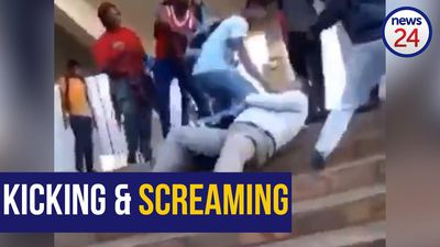 WATCH: Angry UFS students 'assault' financial head