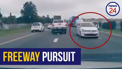 WATCH: Dramatic police chase on N1 near Cape Town