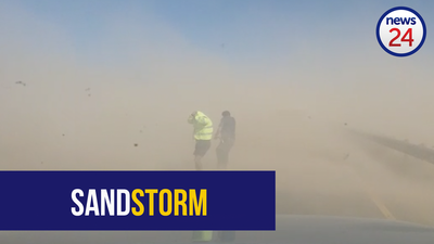 WATCH: Sandstorm leaves motorists, officials in a spin in Villiersdorp