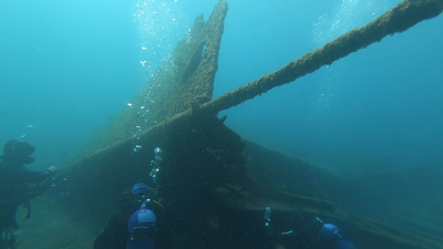 Diving a shipwreck in the Azores archipelago