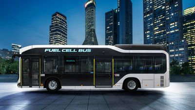 100 Toyota hydrogen-powered buses destined for shuttle-use at 2020 Olympics