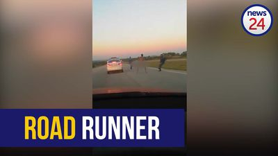 WATCH | Traffic cops chase down naked man on Eastern Cape highway