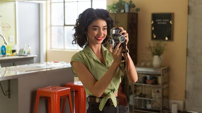 Modern Family's Sarah Hyland has a special message for South Africa