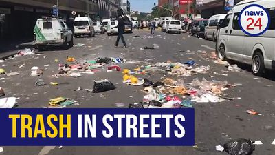 WATCH | City of Tshwane workers go on rampage in CBD