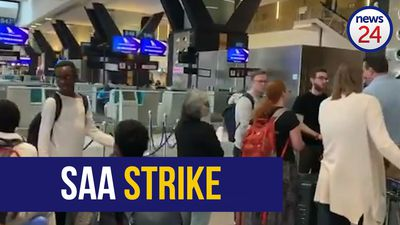 WATCH | Confused, stranded travellers demand new flights during SAA strike