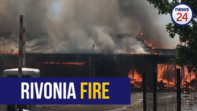 WATCH | People evacuated, injured treated after Rivonia shopping complex fire