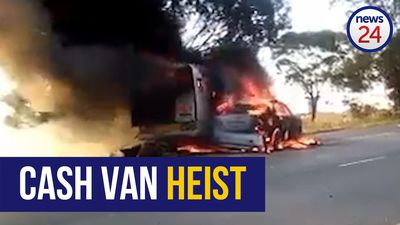 WATCH | Two vehicles catch fire after reported cash heist