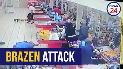 WATCH | Heavily armed robbers empty cash registers at Soweto Shoprite