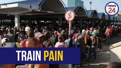 WATCH | Western Cape train chaos: Hundreds of commuters left stranded as power cuts cripple services