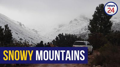 WATCH | Hundreds flock to see the snow in Matroosberg over the weekend, many for the first time
