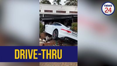 WATCH | Fast food? Jaguar sports car crashes into Cape Town cafe