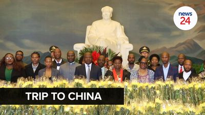 WATCH   Mabuza in China: Presidency silent on whether it paid for ANC trip to the orient