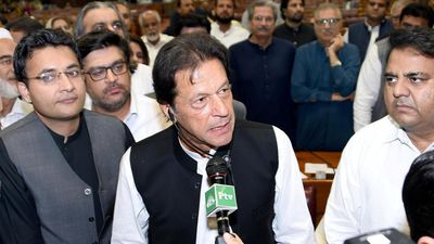 Pakistan's New Prime Minister: Imran Khan sworn in as Pakistan's new PM