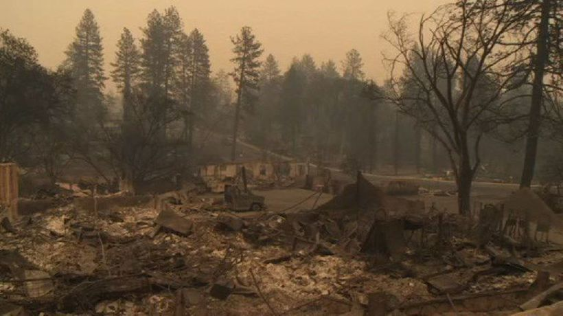 """Images showing the aftermath of the """"Camp Fire"""""""