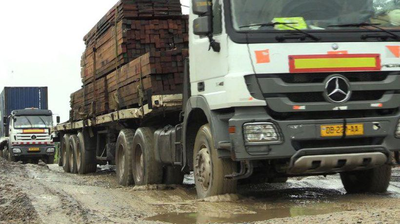 Road out of Libreville full of potholes and problems