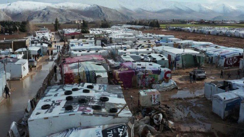Syrian refguees in Lebanon hit by freezing temperatures