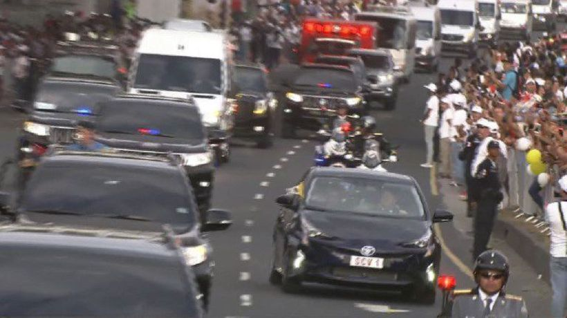 Papal motorcade swerves to avoid man waving Venezuelan flag