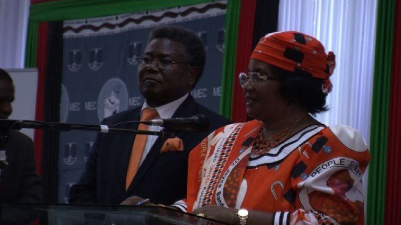 Malawi: former President Banda presents candidacy for May vote