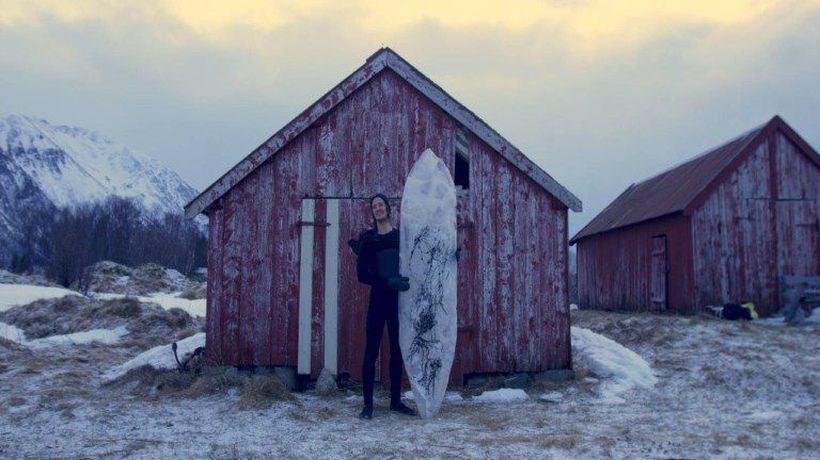 Extreme surfing: cold feet on Arctic ice boards