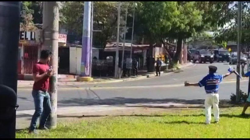Police clash with opposition protesters in Nicaragua