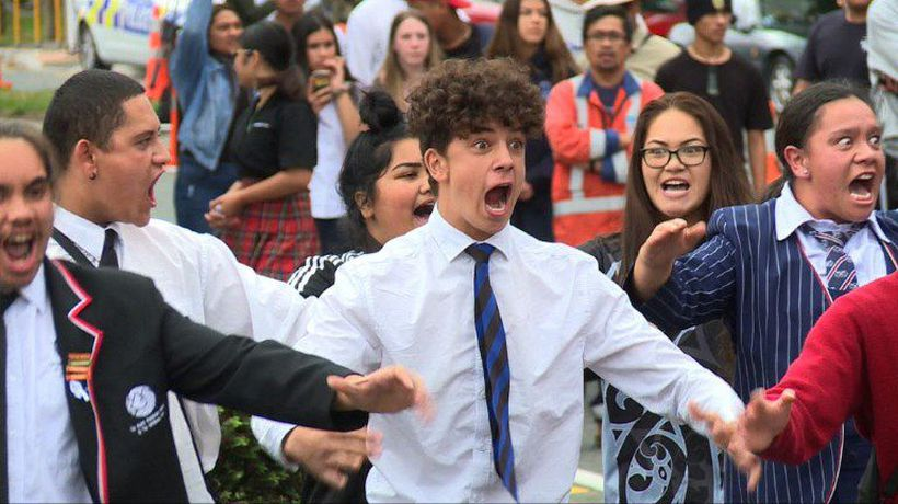NZ students perform haka in tribute to victims of shooting