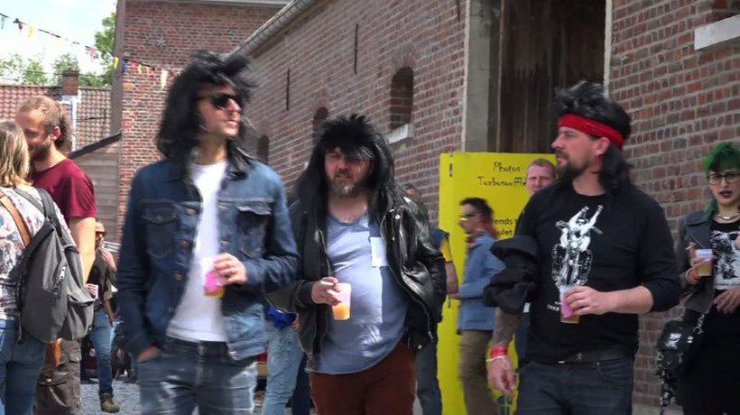 Hundreds of Belgians gather to celebrate the mullet