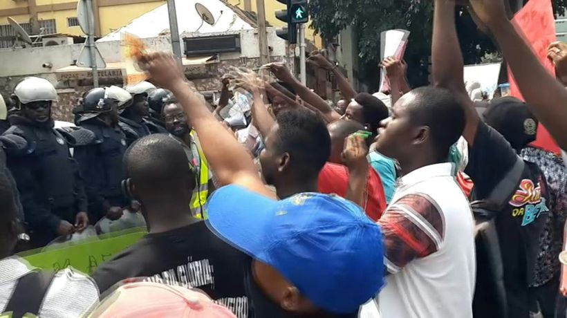 Angola: demonstrators gather in Luanda to protest against unemployment