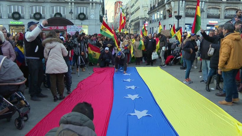 Protesters demonstrate against Venezuela's Maduro in Spain