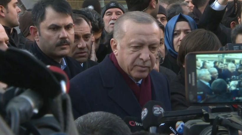 Erdogan visits aftermath of earthquake in Elazig